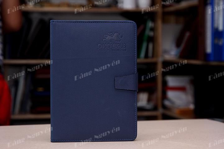 in ấn logo lên sổ tay làm quà tặng
