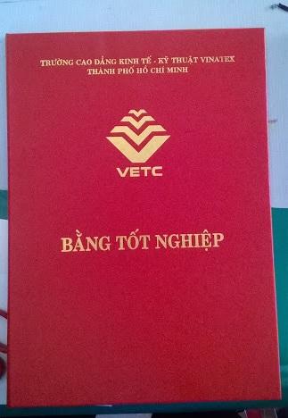 in-bia-dung-bang-tot-nghiep-vetc