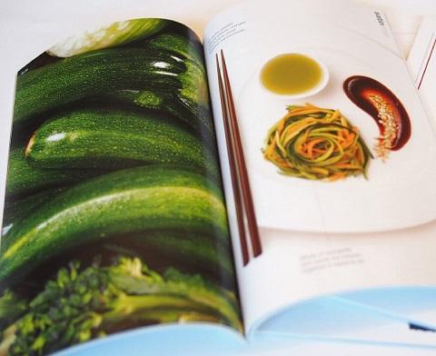 in catalogue nhà hàng giấy mỹ thuật