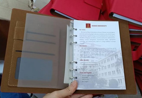 Mẫu sản xuất xuất sổ tay in thông ty công ty