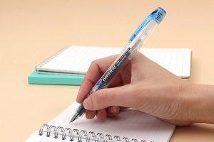 in vở và bút 1