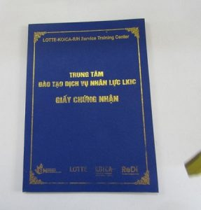 in bìa da đựng bằng tốt nghiệp 2018 - 1