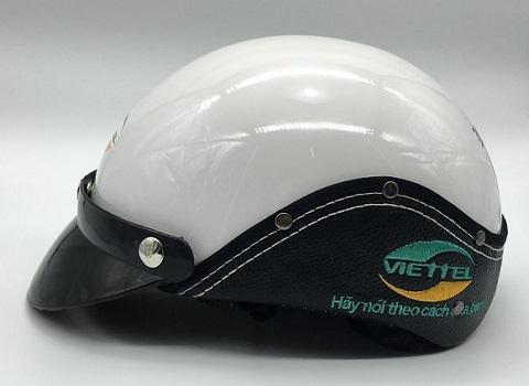 in logo lên mũ bảo hiểm viettel