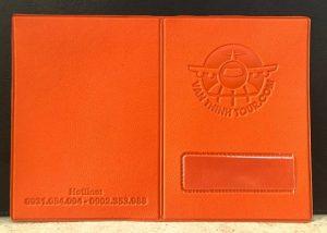 ví đựng hộ chiếu bằng da in logo