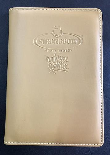 ví đựng hộ chiếu bằng da strong bow