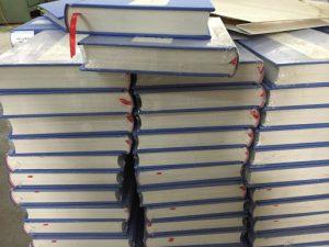 In sách bìa cứng theo yêu cầu