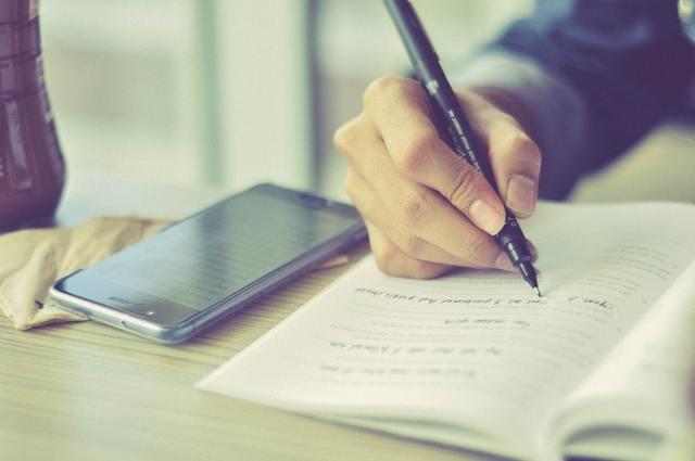 Tại sao nên viết nhật ký hàng ngày