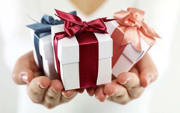 Quà tặng cho khách hàng ý nghĩa